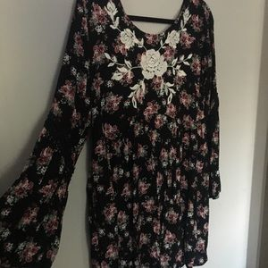 Pink floral, bell sleeve day dress